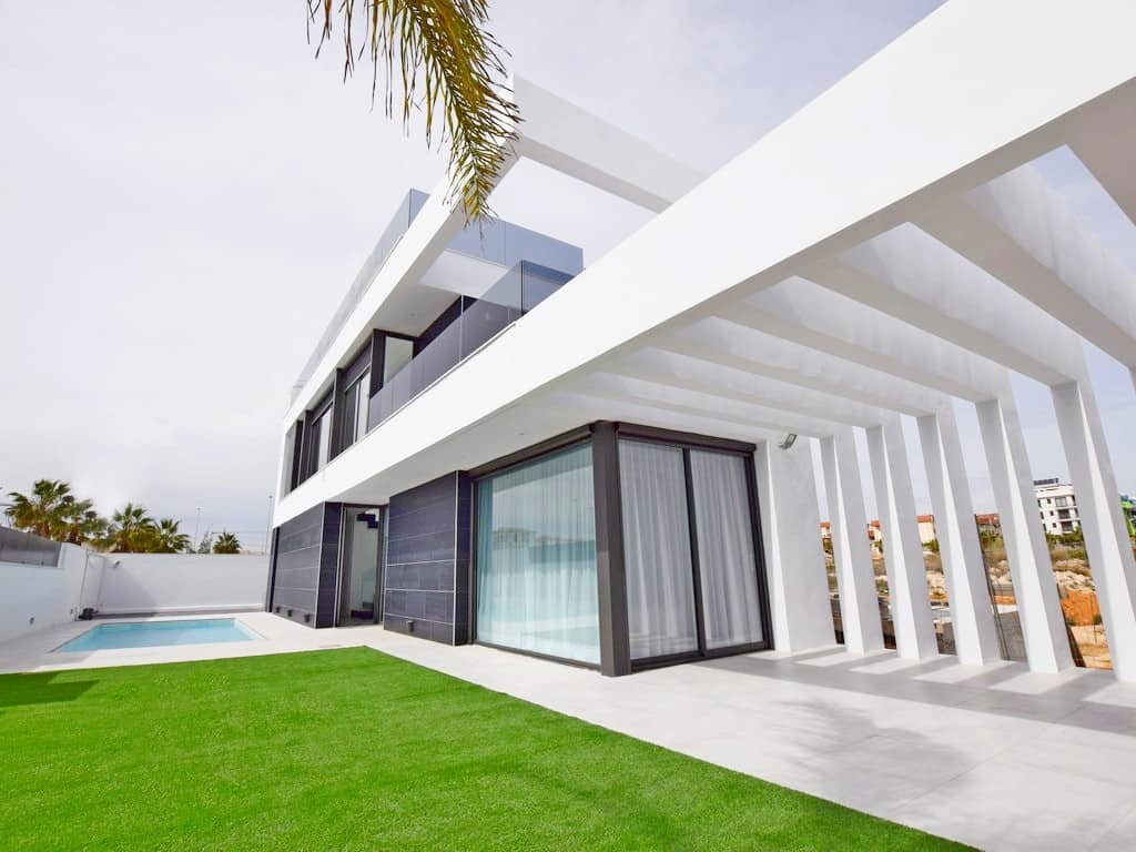 Ref:PPS20389C Villa For Sale in Cabo Roig