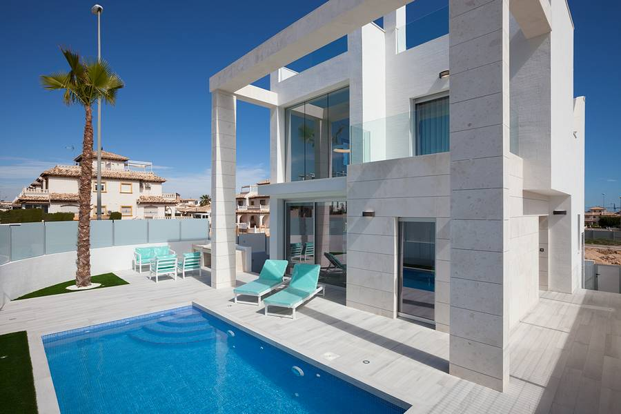 Ref:PPS20466C Villa For Sale in Cabo Roig