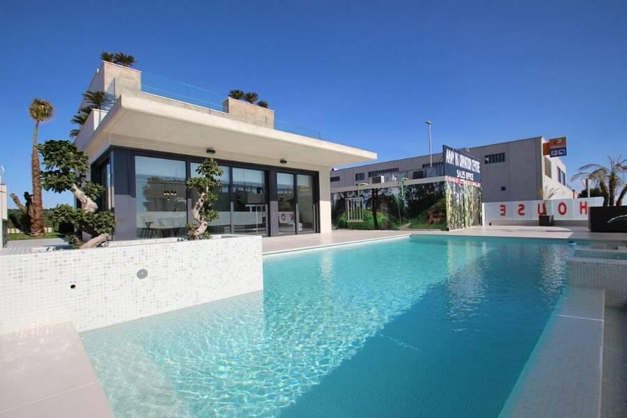 Ref:PPS20476C Villa For Sale in Dehesa de Campoamor
