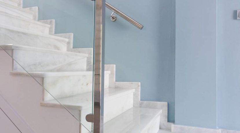 Staircase_tn