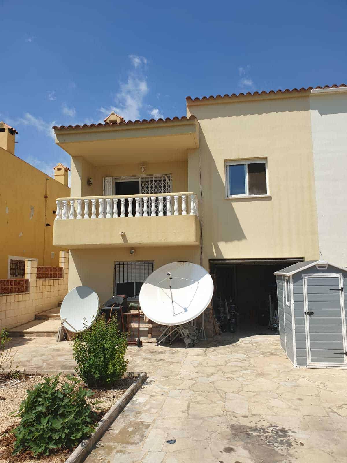 5 Bedroom Semi-detached Villa – La Nucia