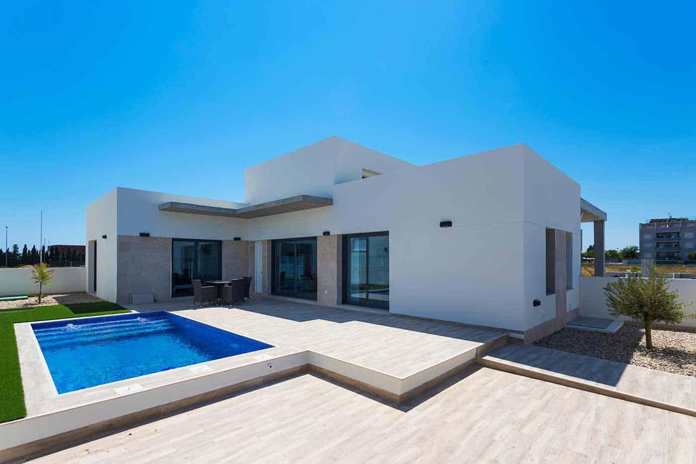 New 3 Bedroom Villas – Daya Nueva